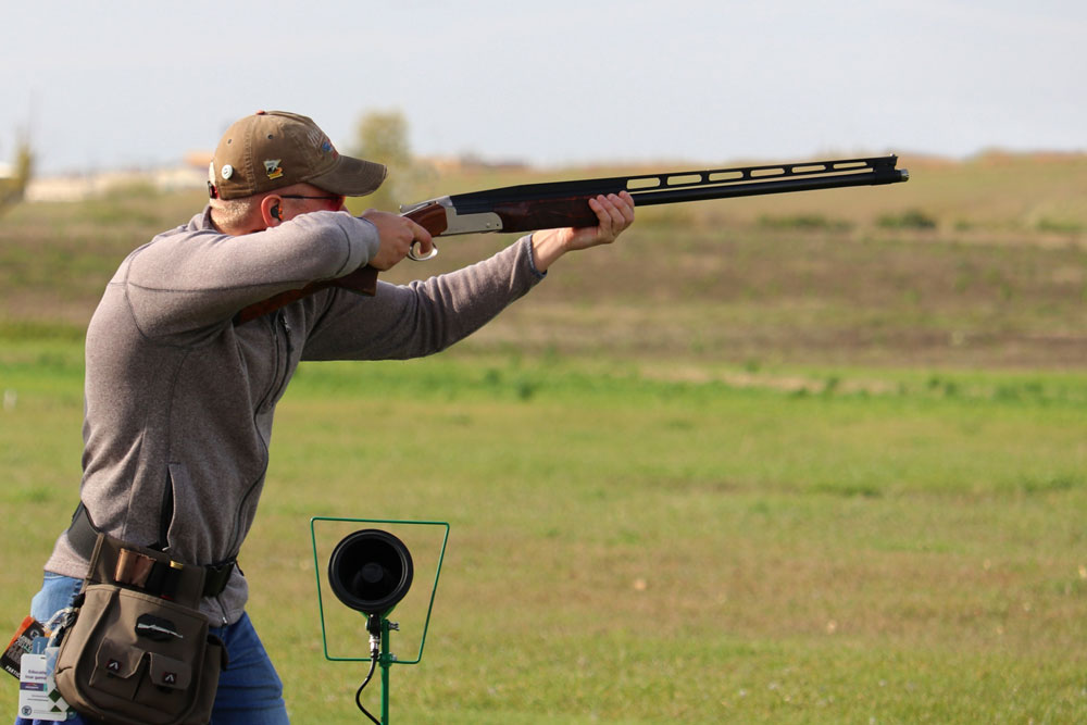 Cole Girtz takes aim at a target during a practice shoot in 2019